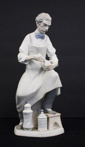 Lladro Porcelain Figurine