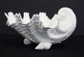 Royal Worchester Porcelain Shell Dish