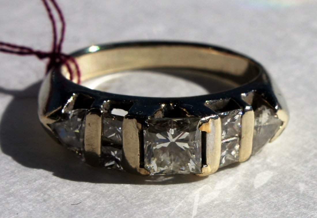 18K Gold and Diamond Engagement Ring - 2