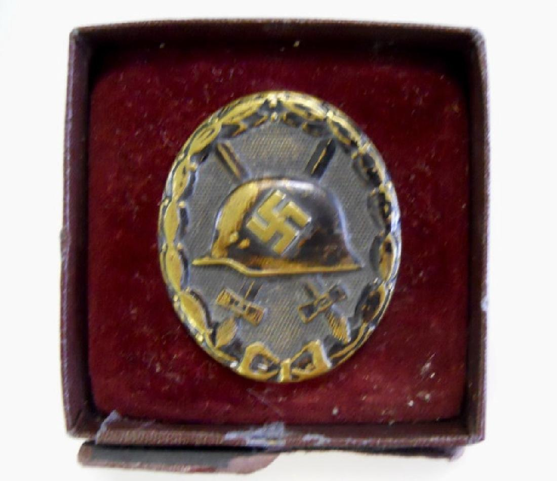Collection of WW2 German wound badges, (3pc) - 5