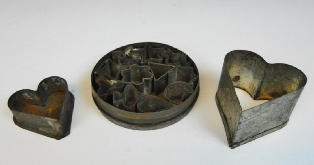 Primitive Carriers, Tole and Tinware (9pc) - 6