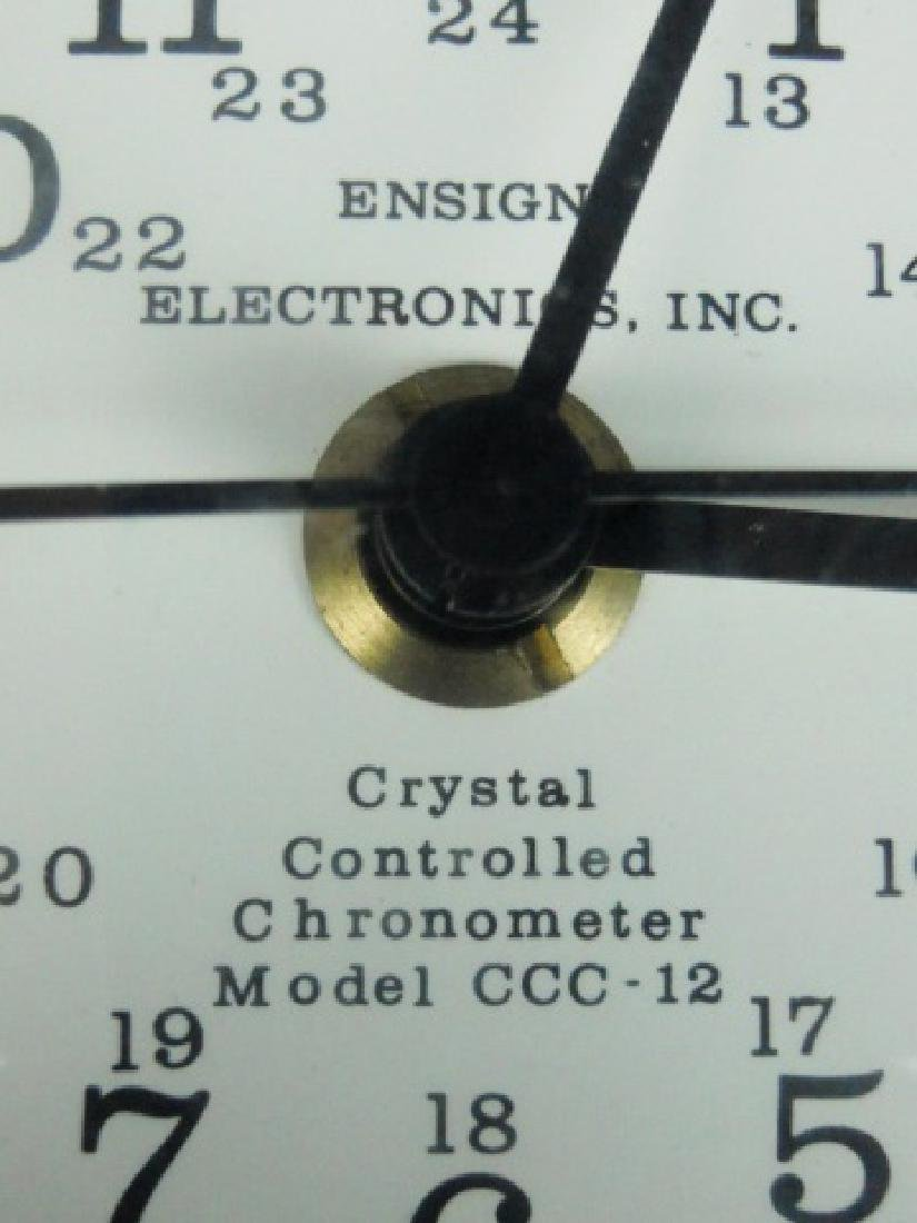Cased Ship's Chronometer, Ensign Electronics - 3