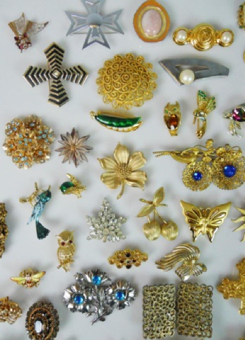 Collection of Costume Jewelry  (107pc) - 2
