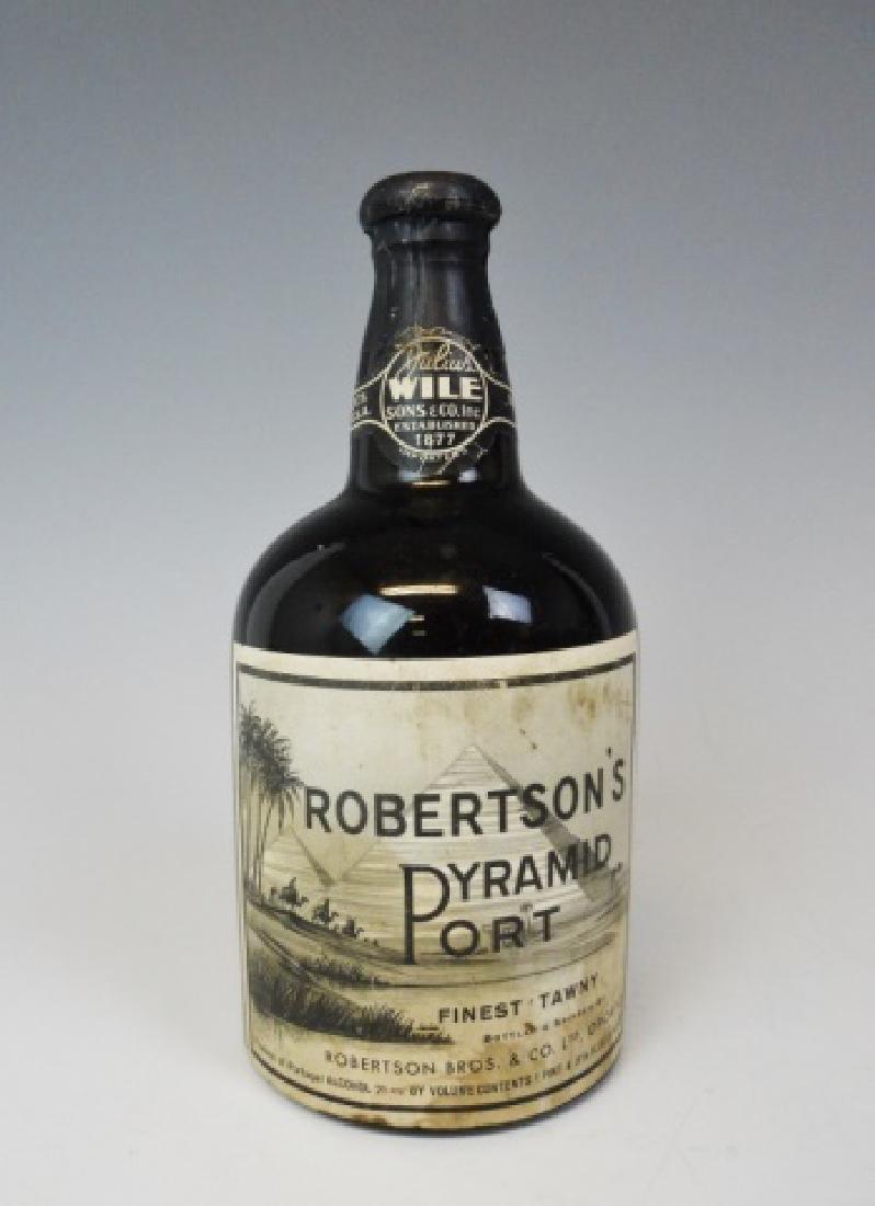 1940's Port Wine Robertson's Pyramid Port