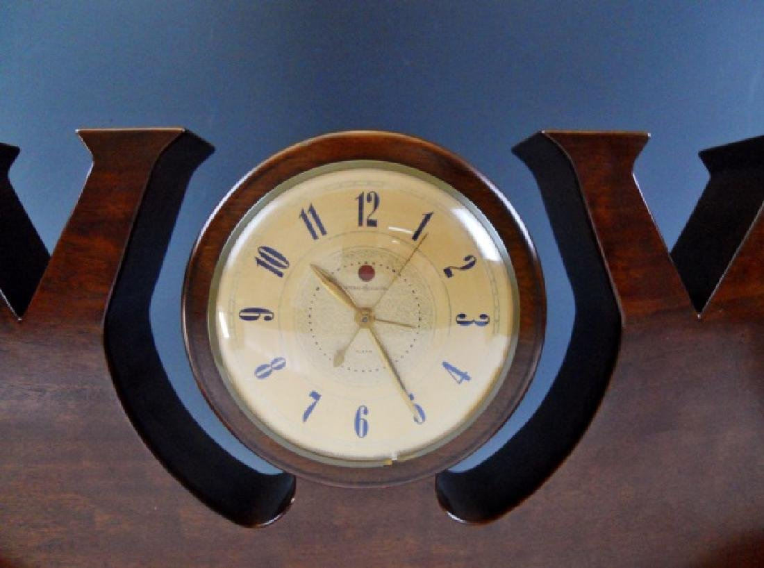 WW2 Victory Clock Hand Crafted in Mahogany - 3