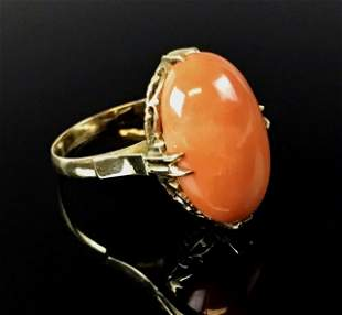 14K Gold Ladies Ring Set with Natural Coral