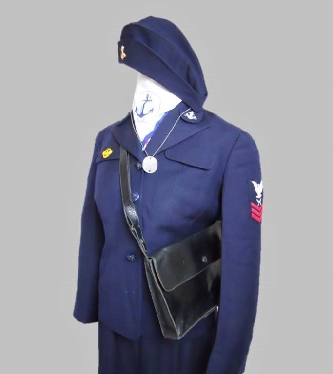 WWII U.S. Navy WAVES Uniform, Named - 2