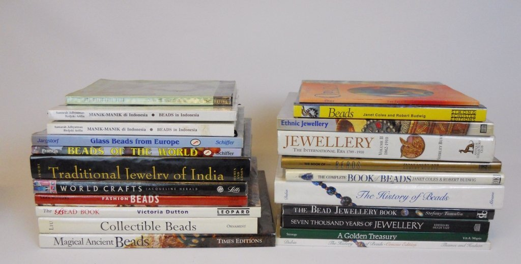 Collection of Hardcover Bead Related Books (22)