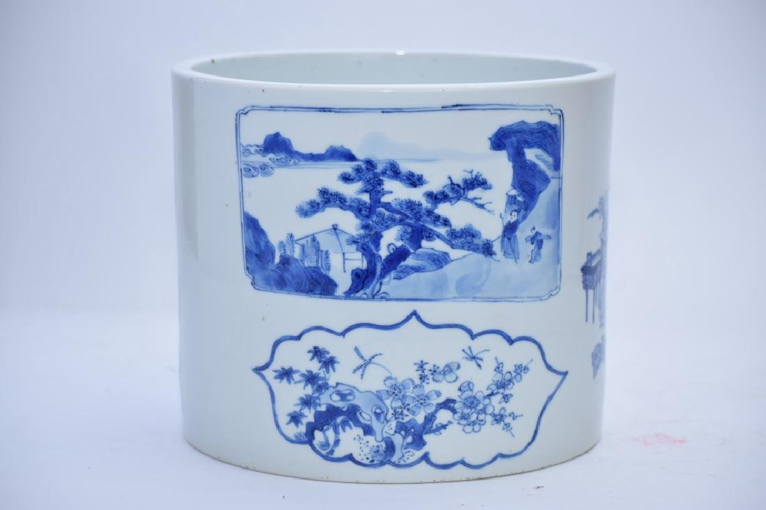 Large Kangxi Chinese Blue and White Brush Pot