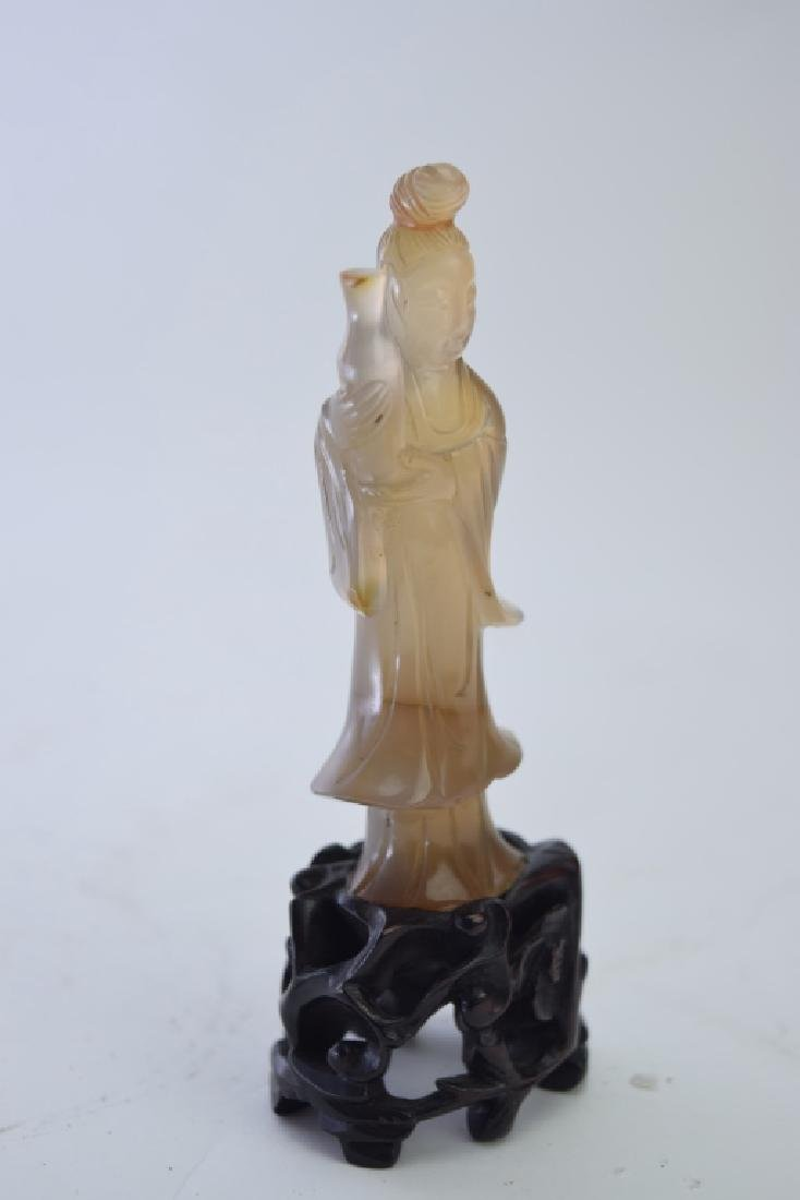 Qing Chinese Agate Carved Guanyin