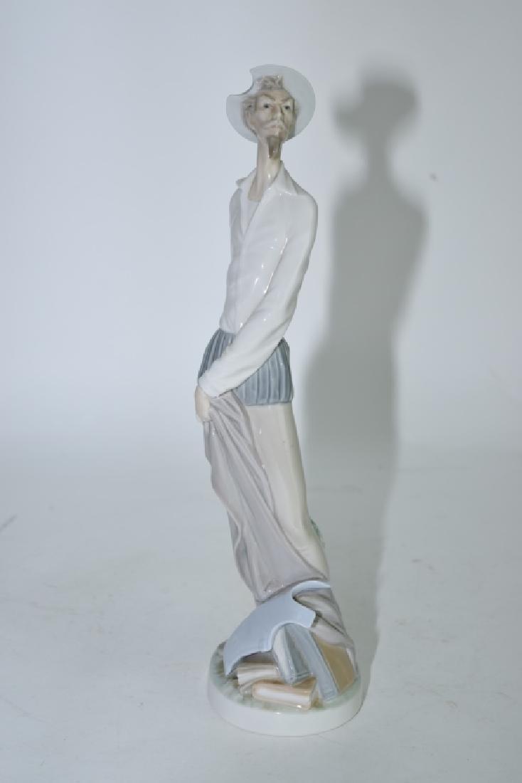Lladro Fencer Figure