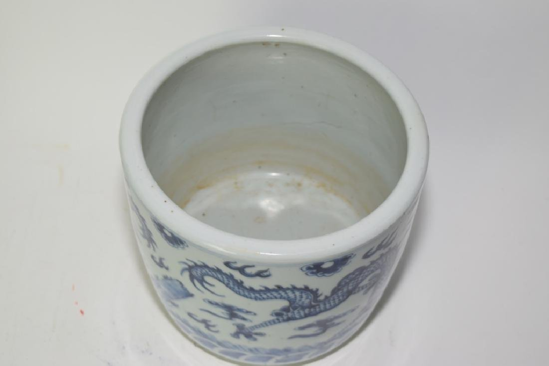 19th C. Chinese Blue and White Dragon Brush Pot - 4