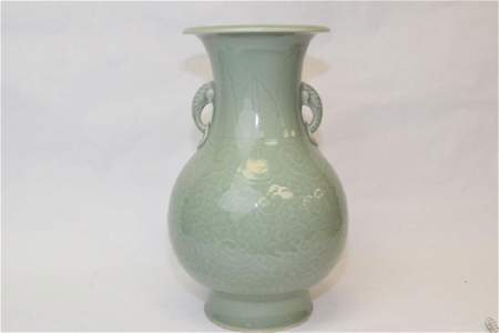 Mid-Qing Chinese Pea Glaze Low Relief Carved Vase