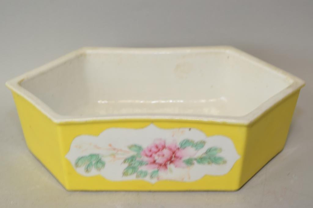 19th C. Chinese Yellow Glaze Famille Rose Flower Pot