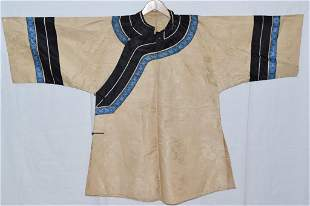 18-19th C. Chinese White Silk Embroidered Robe