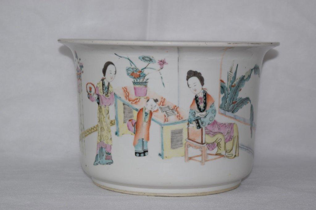 Chinese Famille Verte Flower Pot