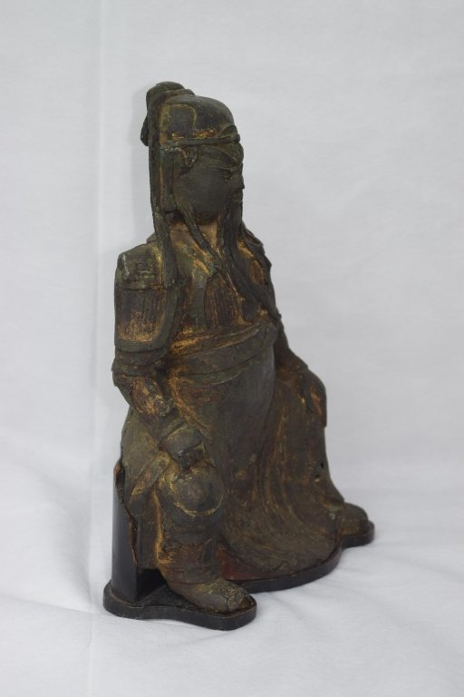 Ming Dynasty Chinese Bronze Guangong Statue - 3