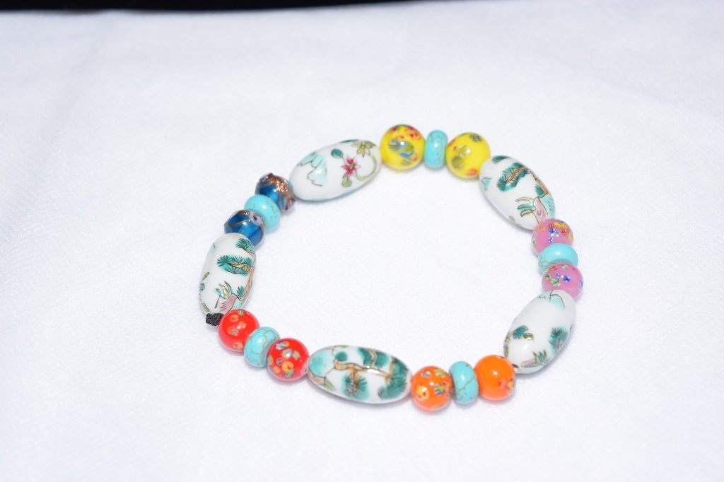 Chinese Porcelain and Glass Bead Bracelet