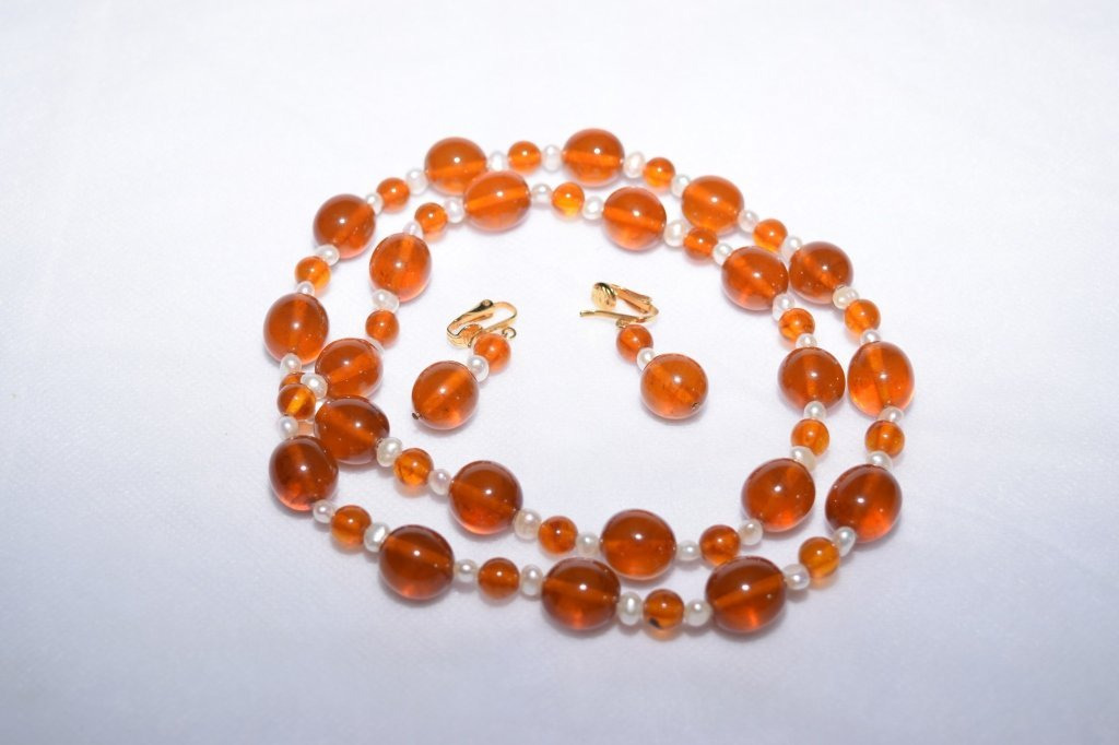 Amber and Pearl Jewelry Set
