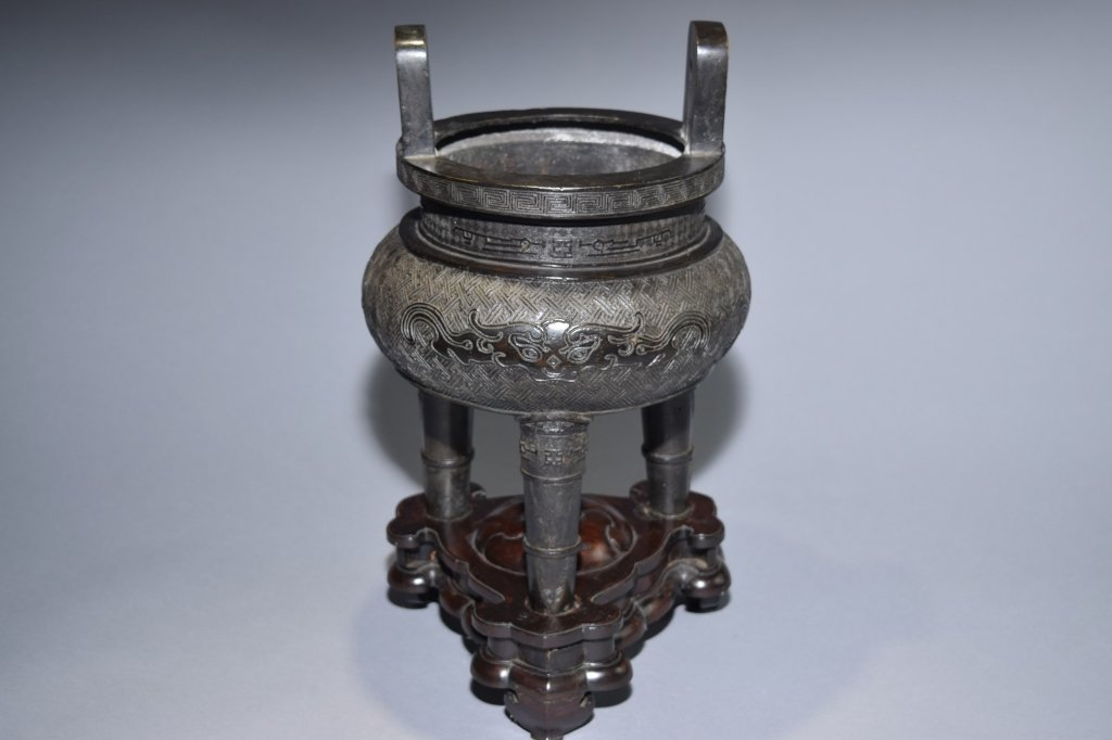 19th C. Chinese Bronze Three-Footed Censer - 2