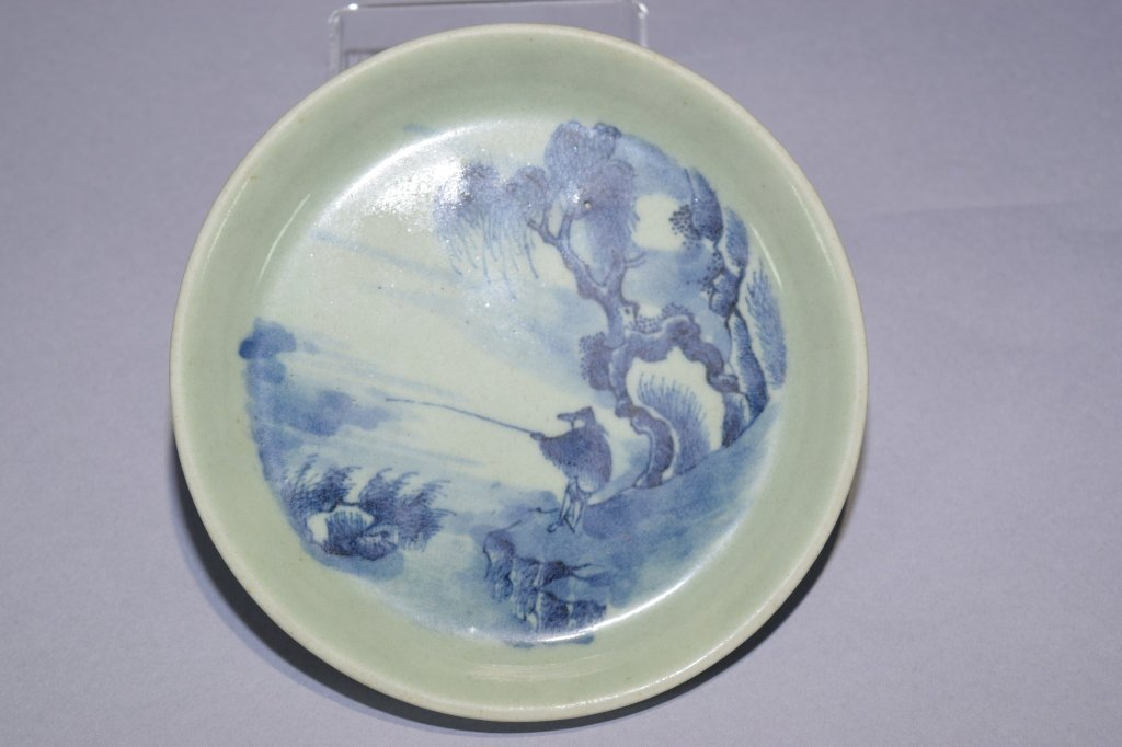 Early Qing Chinese Pea-Glaze Blue and White Plate