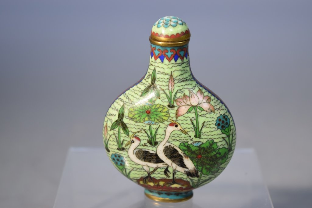 Qing Chinese Cloisonne Snuff Bottle, Qianlong Mark