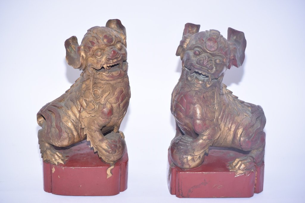 Pair of Qing Chinese Gilt Wood Carved Lions