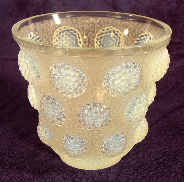 3: Verlys glass vase