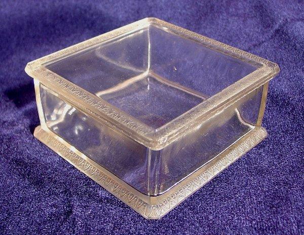 6: Lalique dresser box