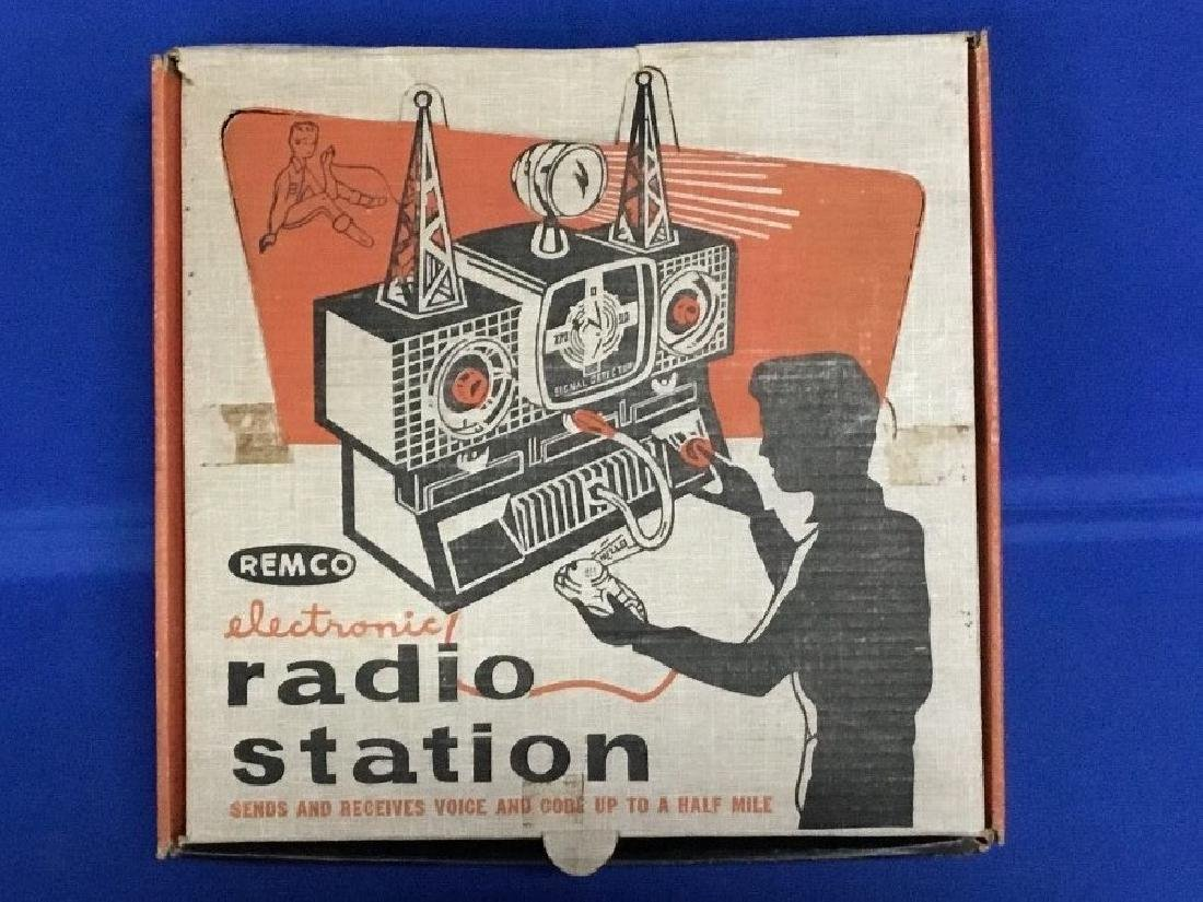Remco Electronic Radio Station