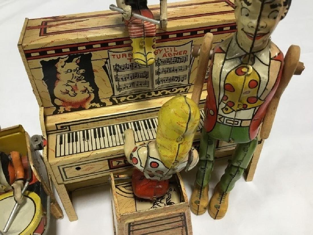 Lil Abner and Dogpatch Band Tin Toy by Unique - 2