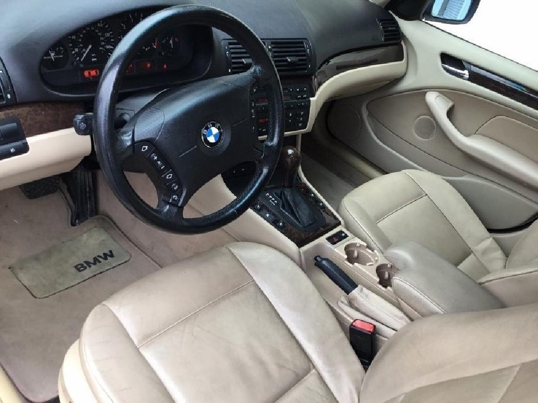 2004 BMW 325i sedan - 6
