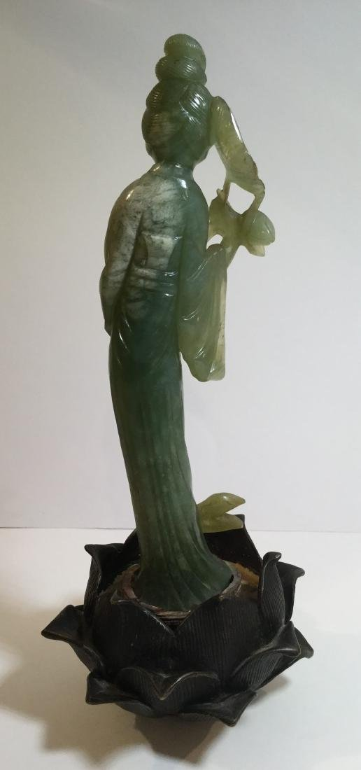 19th century Chinese Carved Jade Guanyin or Guan Yin - 2