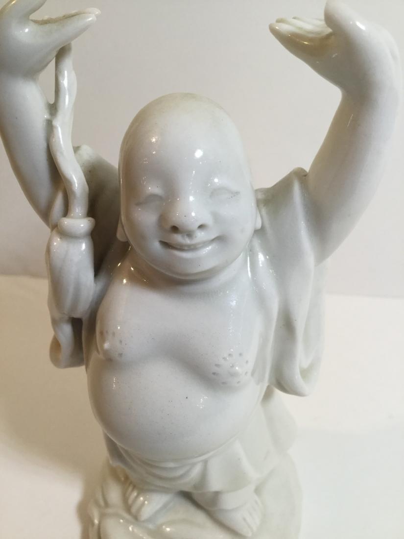 19th century Chinese Blanc de Chine figure of Hotei - 3