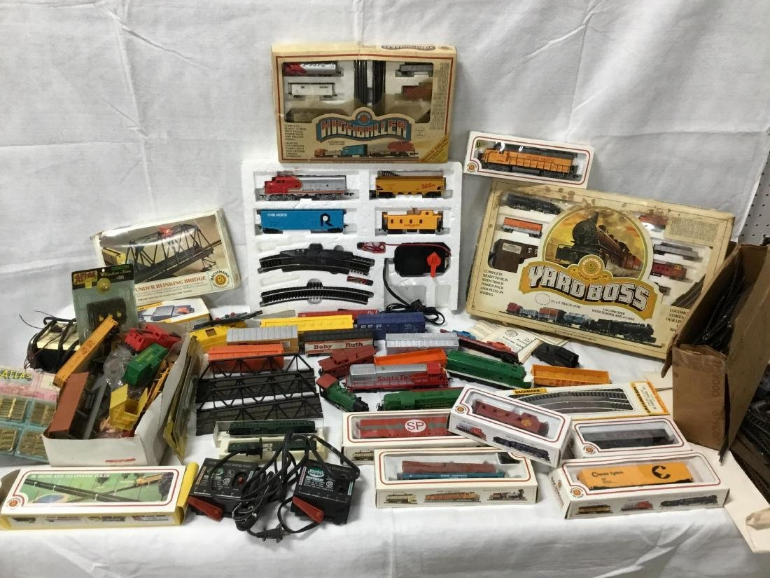 Huge Lot of Bachmann Trains, tracks, and accessories