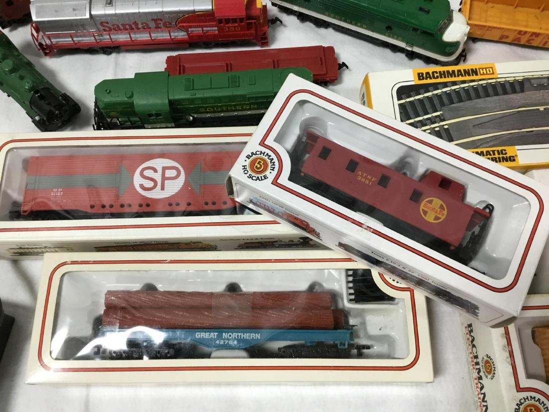Huge Lot of Bachmann Trains, tracks, and accessories - 4