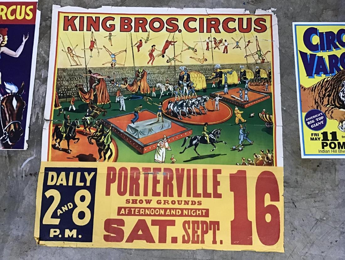 Lot of Vintage and Newer Circus posters, flyers and - 2