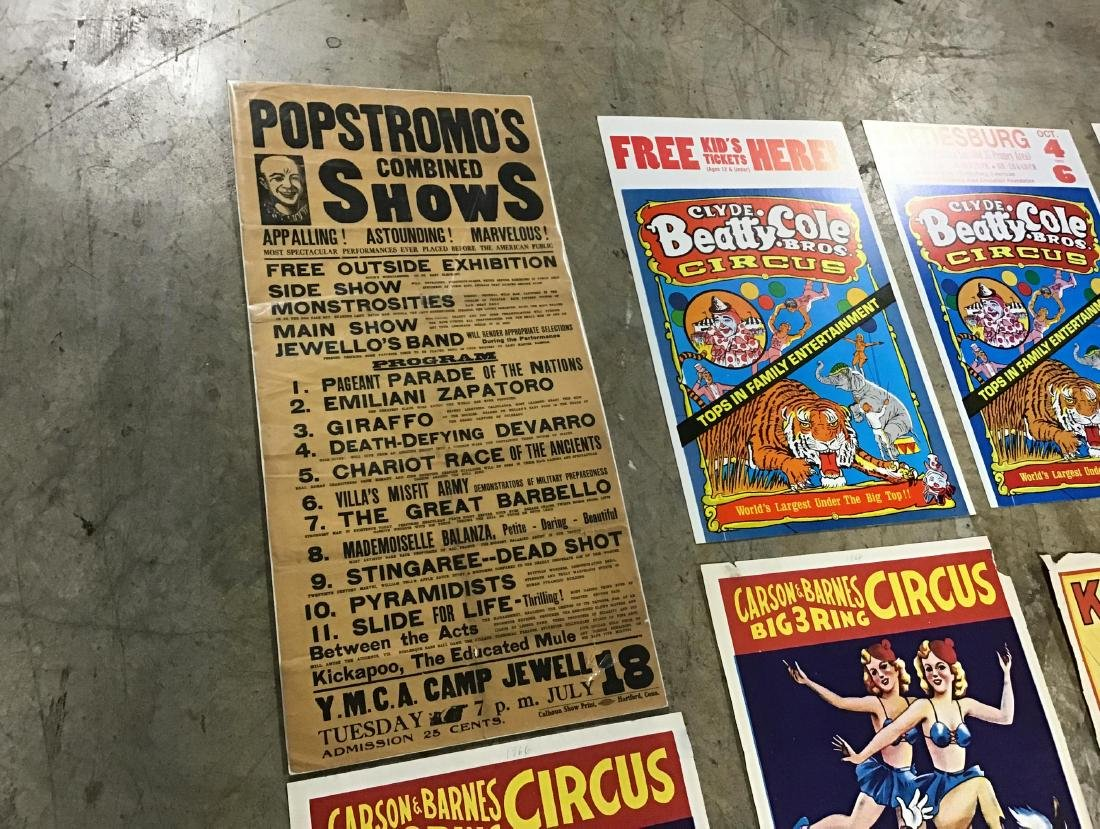 Lot of Vintage and Newer Circus posters, flyers and - 4