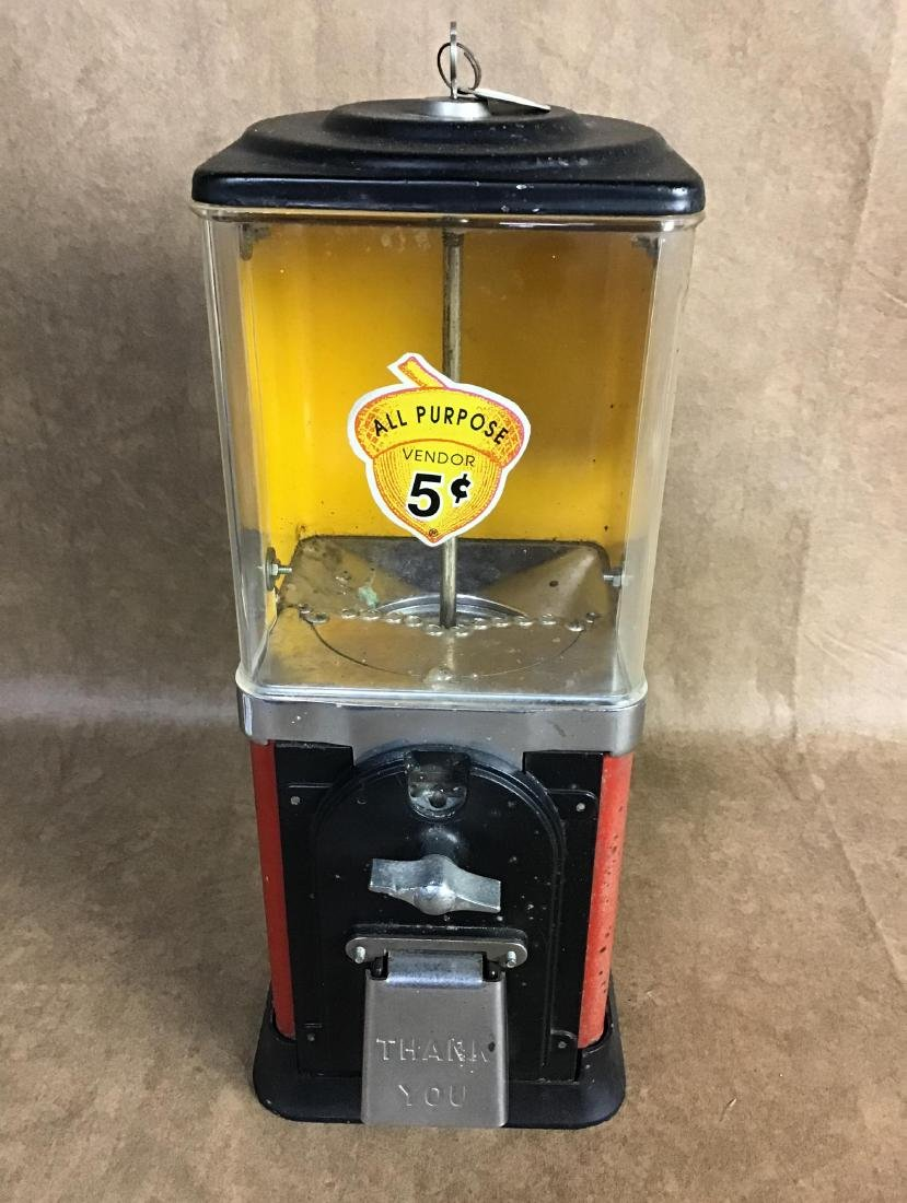 Vintage $.05 Gumball machine with key