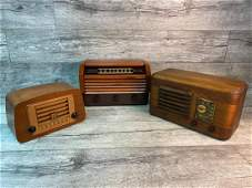 3 VINTAGE TABLE TOP RADIOS