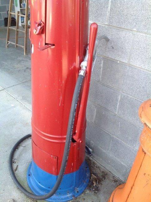 Amoco G13 Gravity Fed Gas Pump - 4