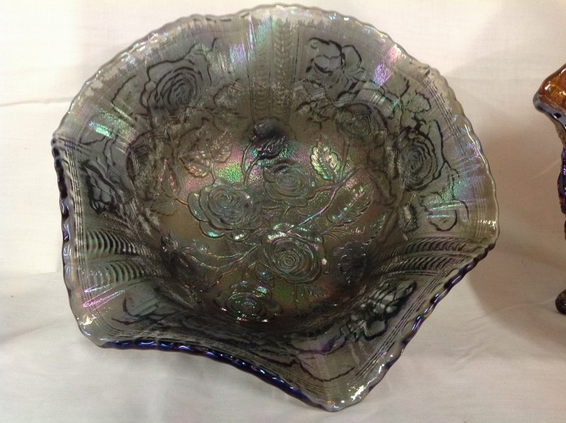 Imperial Glass Iridescent Footed Bowls Rose Pattern - 3