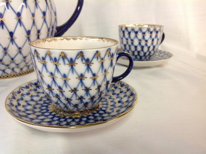 Russian Teapot w/4 Cups & Saucers - 4