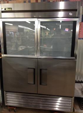 Commercial True Refrigerator
