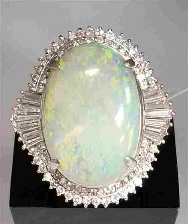 18K GOLD & LARGE AUSTRALIAN OPAL & DIAMOND Ring 11 CTW