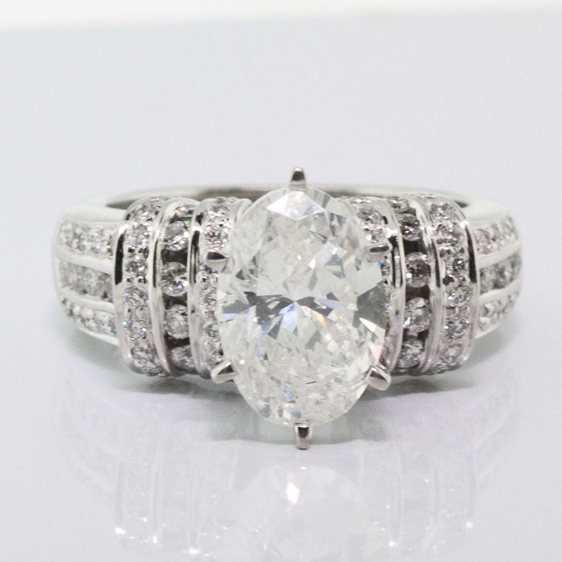 IGI CERTIFIED F SI1 3.01CT CENTER DIAMOND 4.01TW RING
