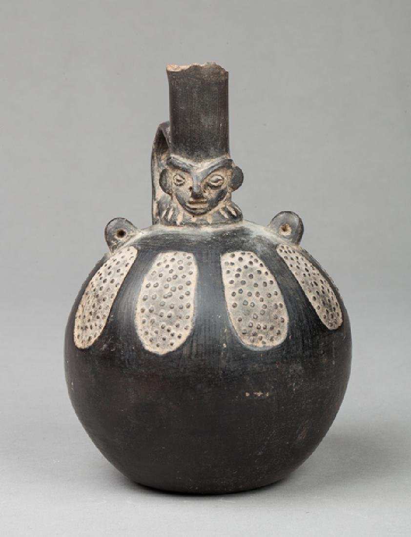 Chimu stirrup vase
