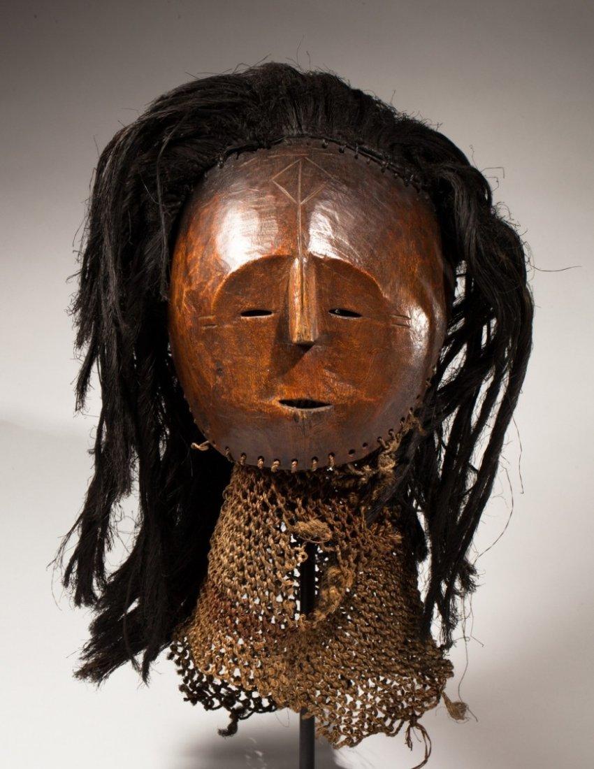 Luvale dancing mask