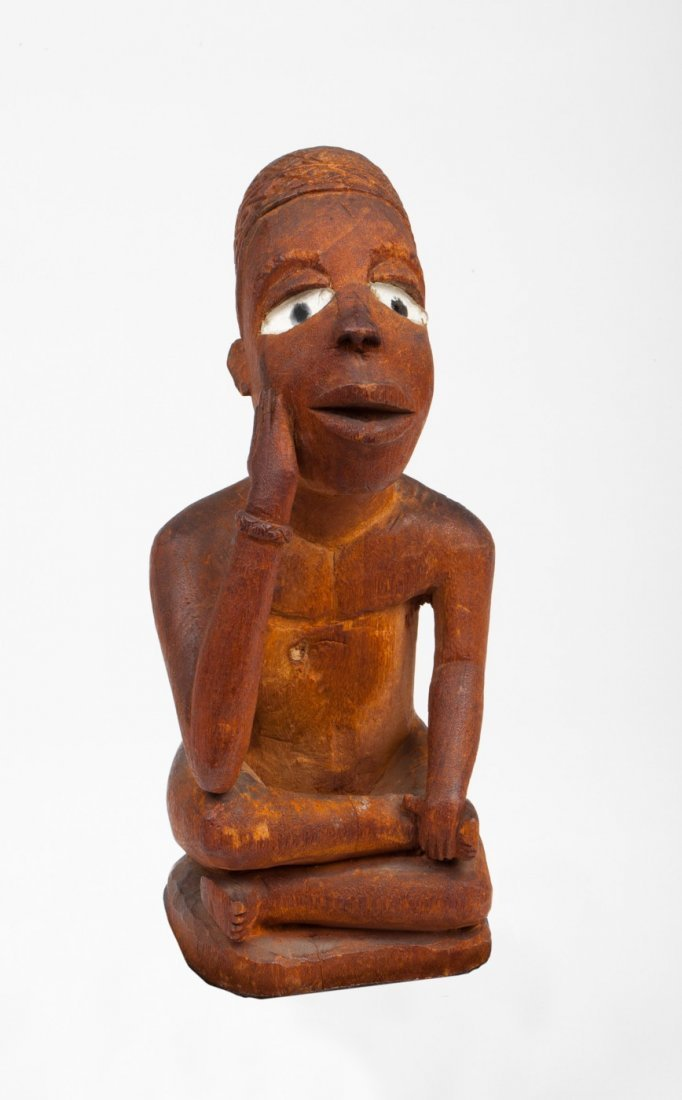 Vili seated figure