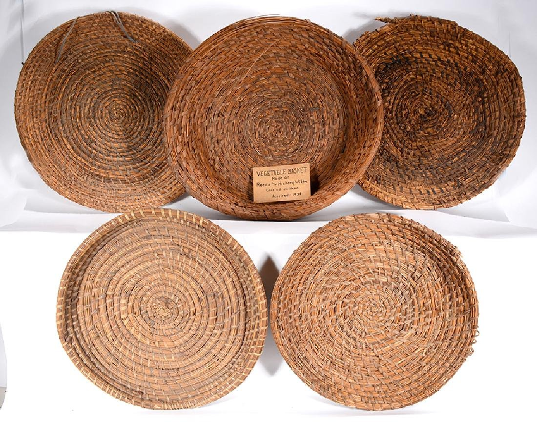 4 Rice Fanner Plantation Baskets & 1 Vegetable Basket.